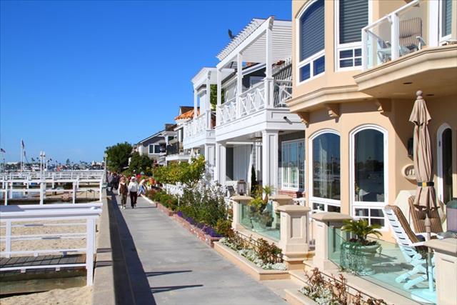 Peninsula Beach House
