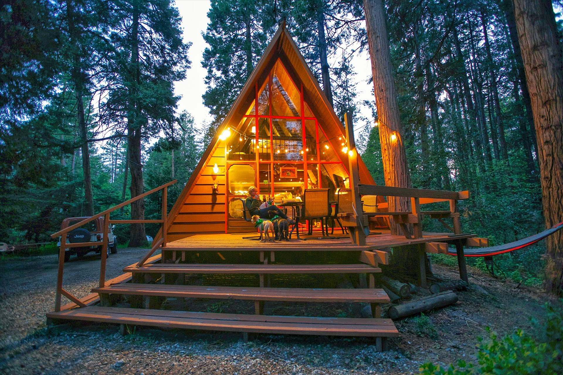 Idyllcreek A-Frame Cabin - Vacation Rental Cabins in