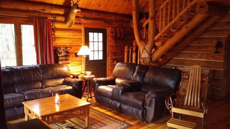 Walhalla Log Cabin Cottage Sportsman's Cabin